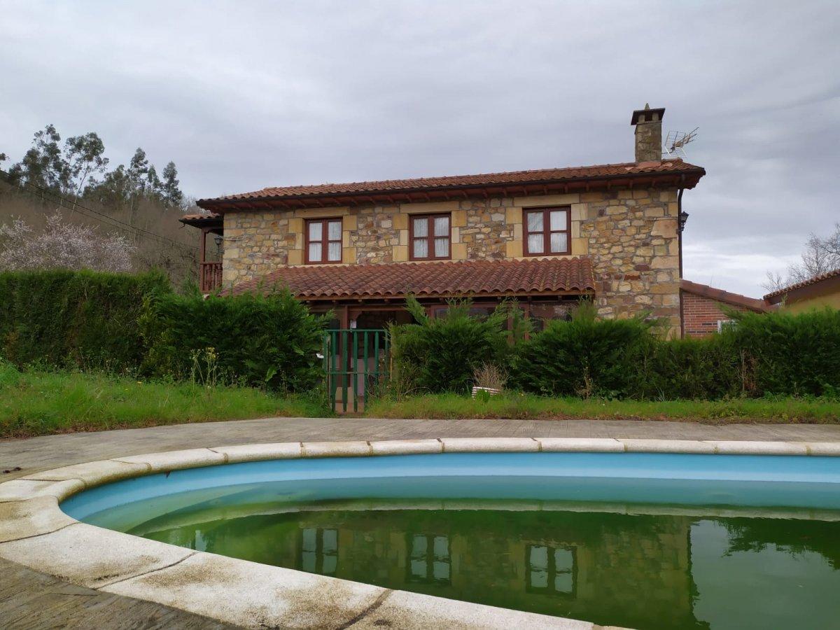Casa en alquiler en Ceceñas  de 3 Habitaciones, 1 Baño y 130 m2 por 1.750€/mes.
