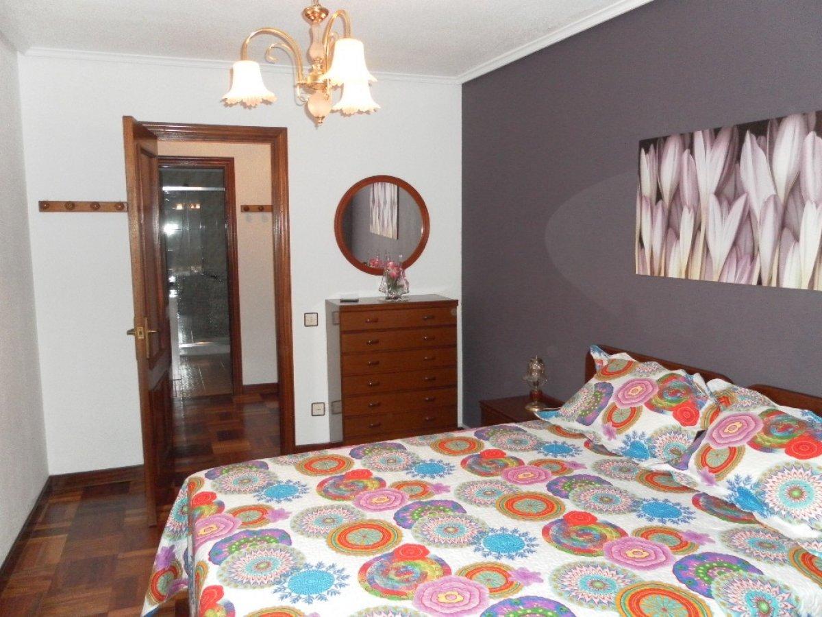 Piso en alquiler en Santander  de 1 Habitación y 64 m2 por 575€/mes.