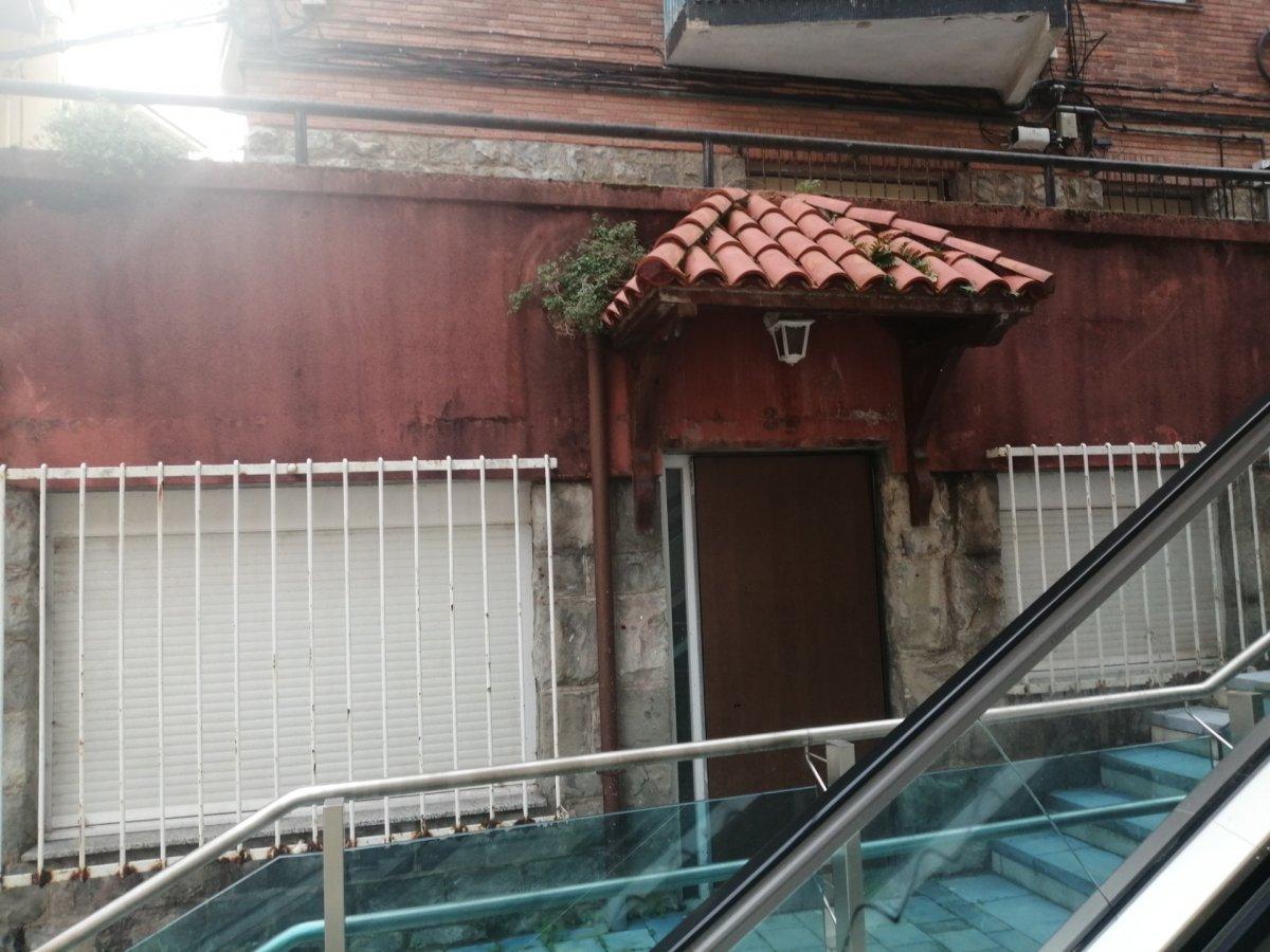 Piso en venta en Santander  de 3 Habitaciones, 2 Baños y 77 m2 por 101.700 €.