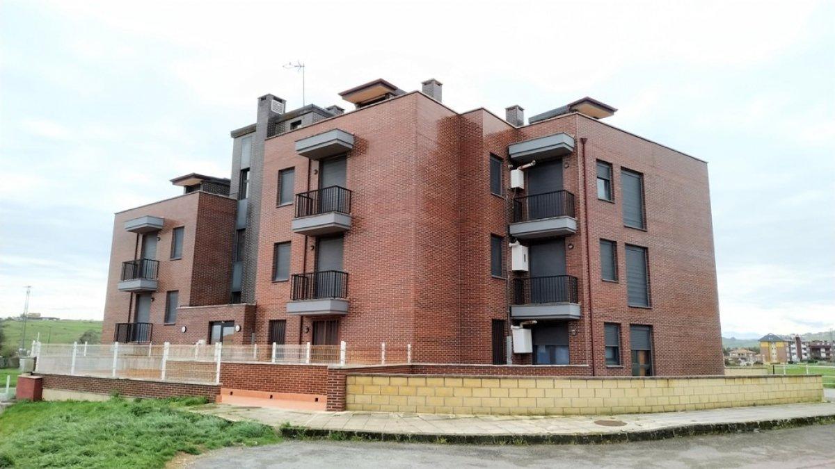 Piso en venta en Suances  de 1 Habitación, 1 Baño y 50 m2 por 66.000 €.
