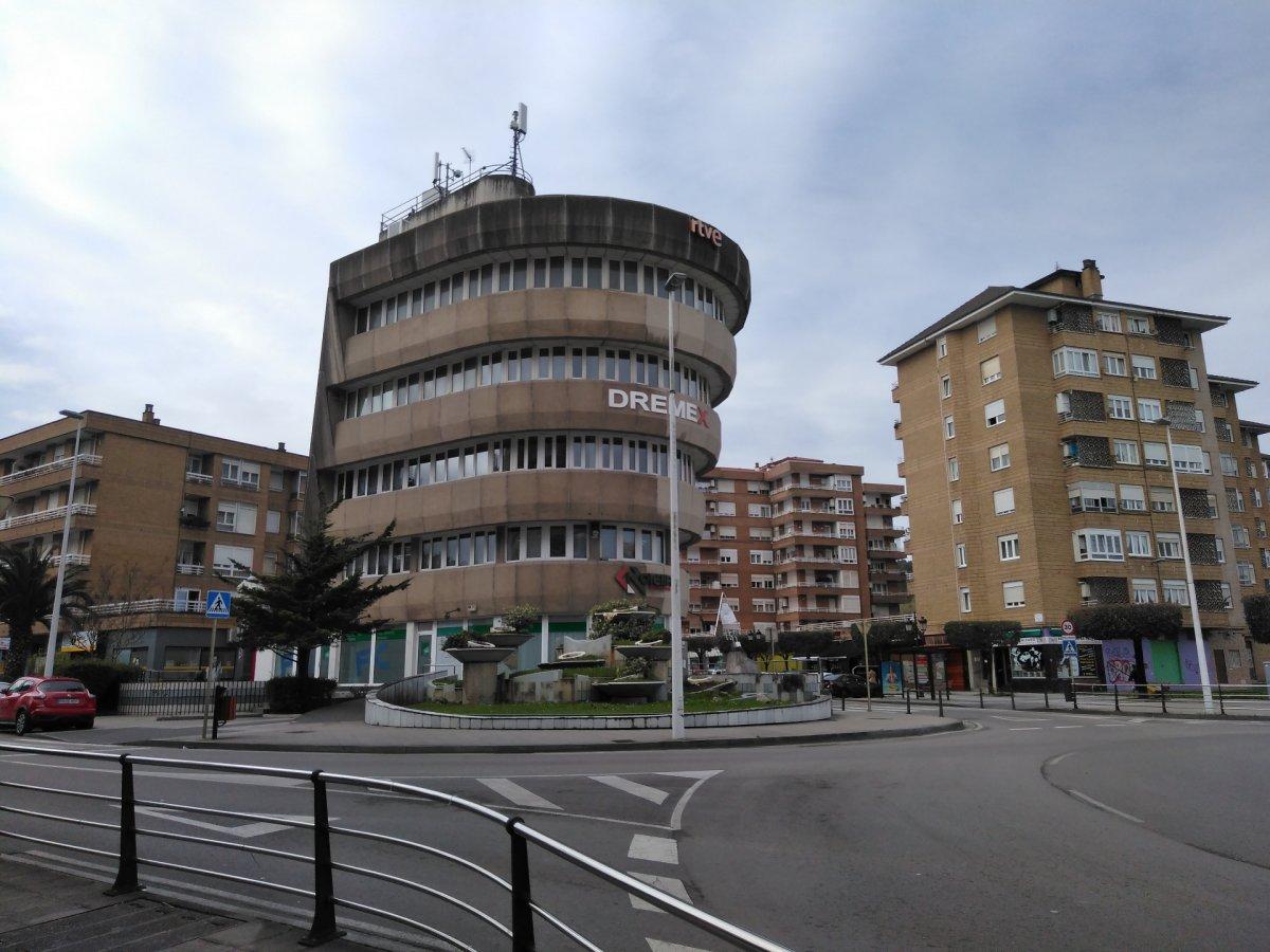 Oficina en alquiler en Torrelavega  de 21 m2 por 170€/mes.