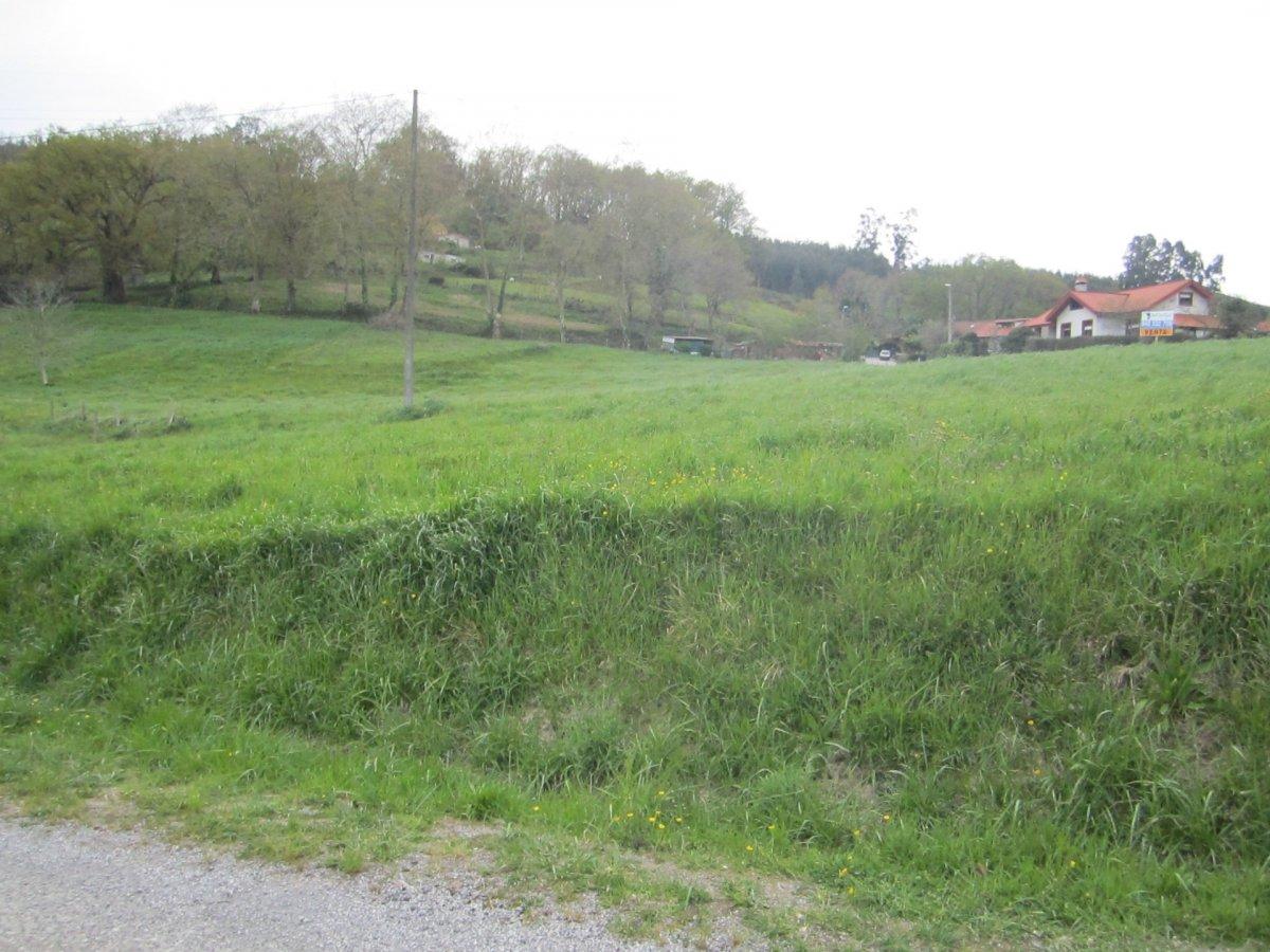 Terreno urbano en venta en Villaescusa  de 3.782 m2 por 240.000 €.