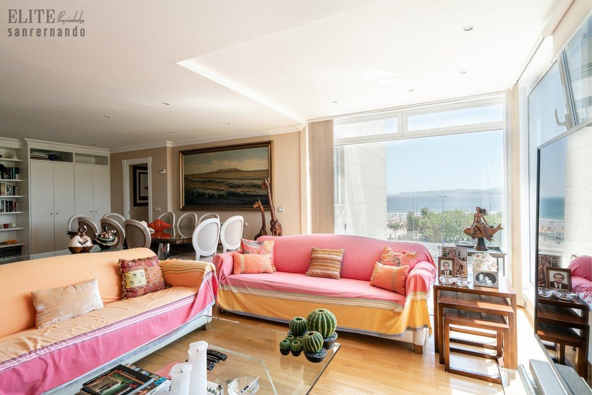 Piso en venta en Santander  de 3 Habitaciones, 2 Baños y 123 m2 por 675.000 €.