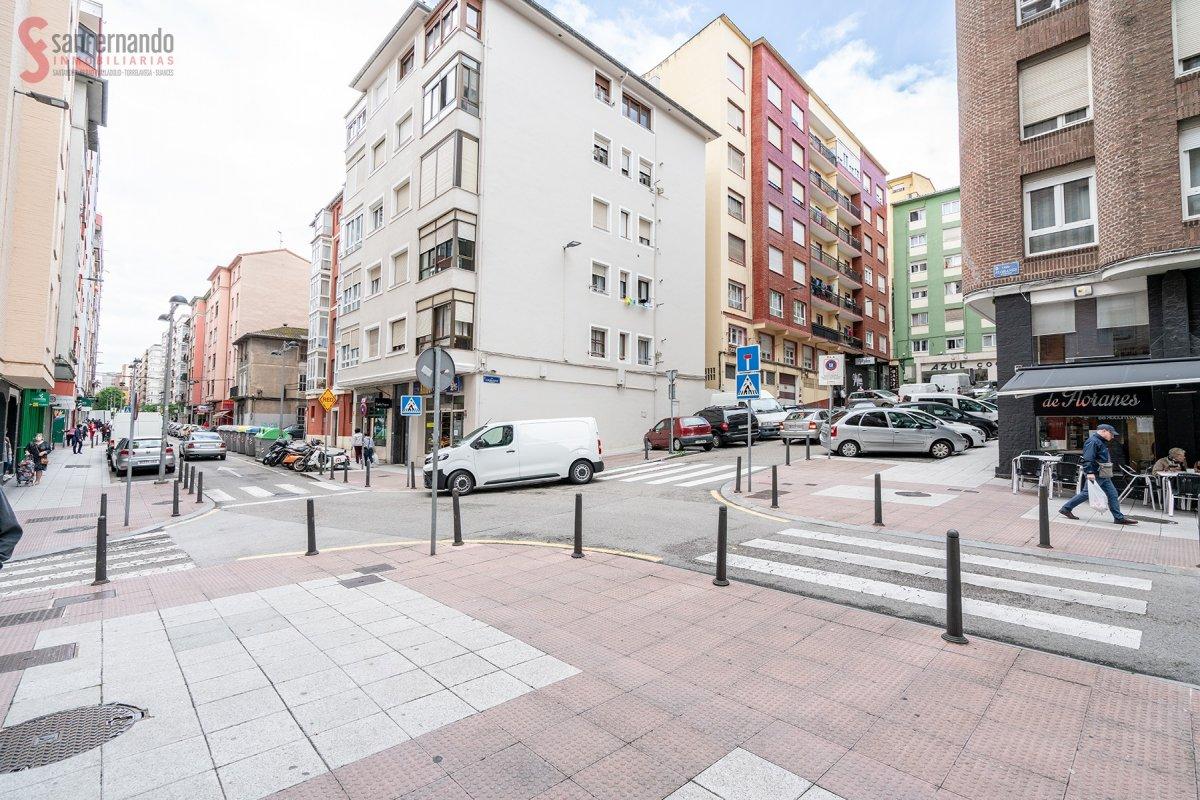 en venta en   de 2 Habitaciones, 1 Baño y 66 m2 por 115.000 €.